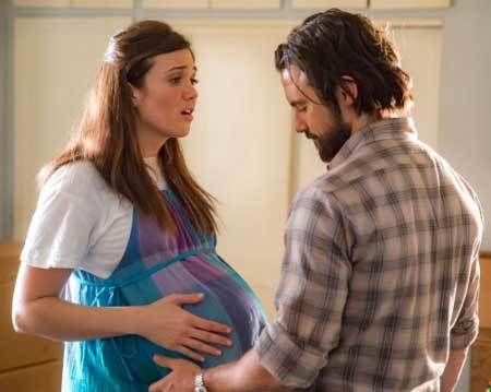 "Mandy Moore & Milo Ventimiglia in the pilot episode of ""This is Us."""