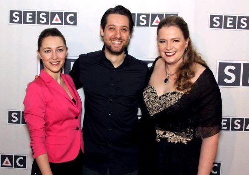 <strong>Sonya and Giona with SESAC Film &amp; TV Vice President Erin Collins</strong>