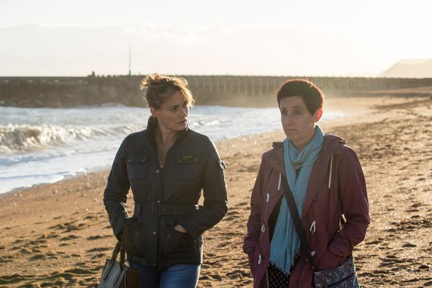 Trish finally confides in her friend Cath, which doesn't ease Cath's concerns about the men at her