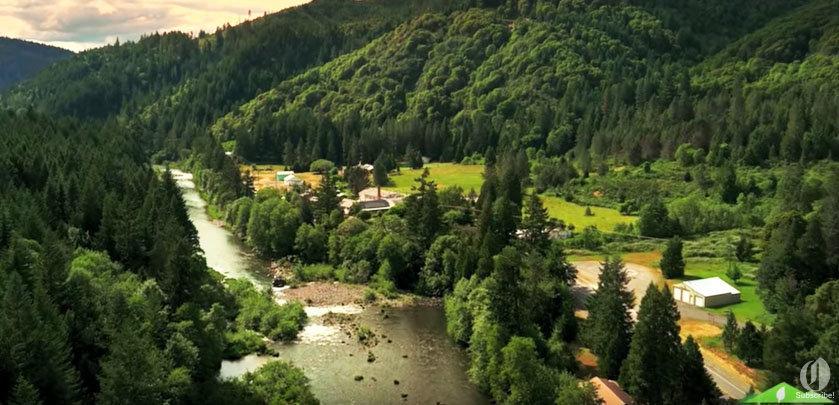 Tiller, Oregon, is very picturesque.