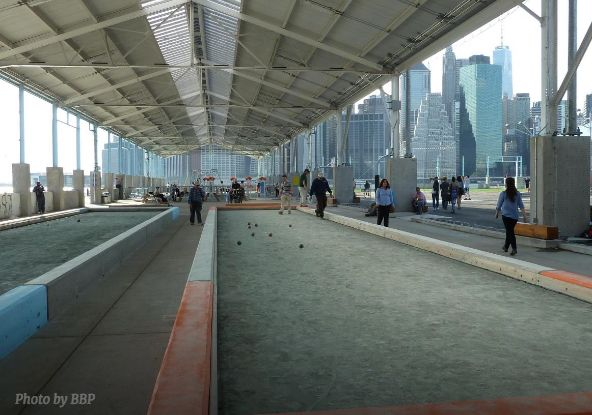 Head to Pier 2 at Brooklyn Bridge Park to play bocce ball for free.All the equipment you need is available at the on-si