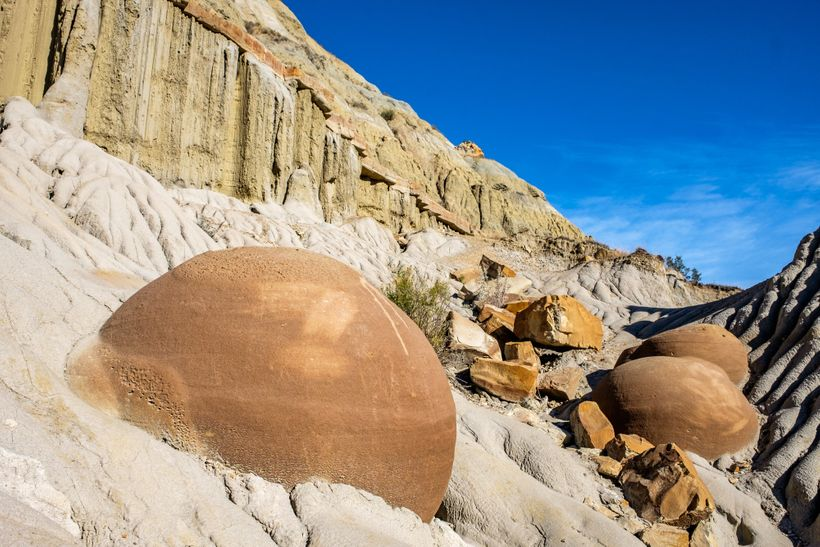 <em>Otherwordly geology: the Cannonball Concretions in the north unit.</em>