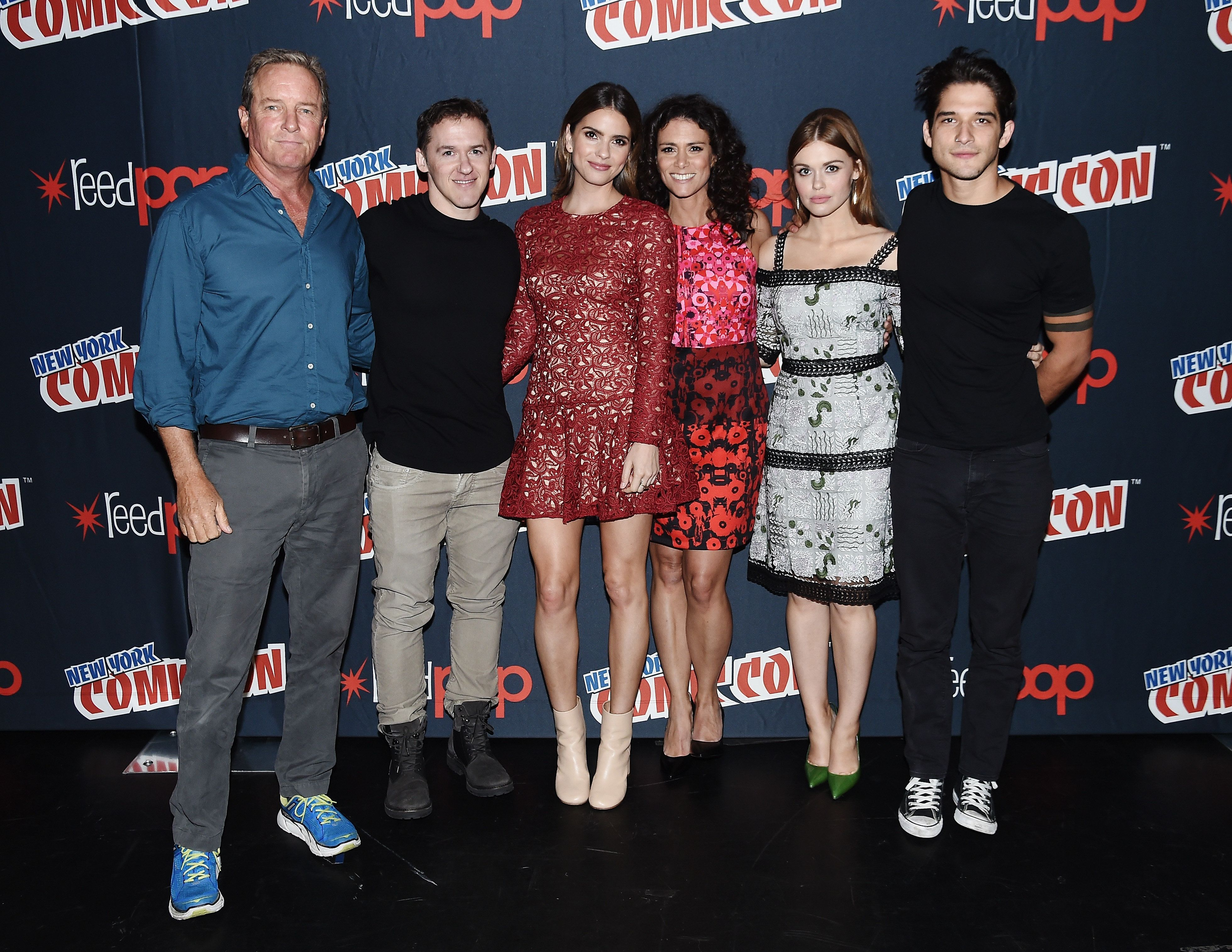 NEW YORK, NY - OCTOBER 08:  Linden Ashby, Jeff Davis, Shelley Hennig, Melissa Ponzio, Holland Roden and Tyler Posey  attend the 'Teen Wolf' Final Farewell during day 3 of 2016 New York Comic Con at Hammerstein Ballroom on October 8, 2016 in New York City.  (Photo by Nicholas Hunt/Getty Images for MTV)