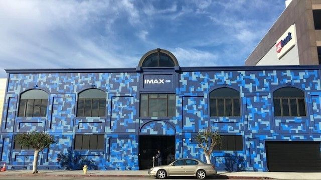 <em>Like a movie theater, IMAX VR Centre in LA offers an ever changing variety of experiences for the Vive at specific showti