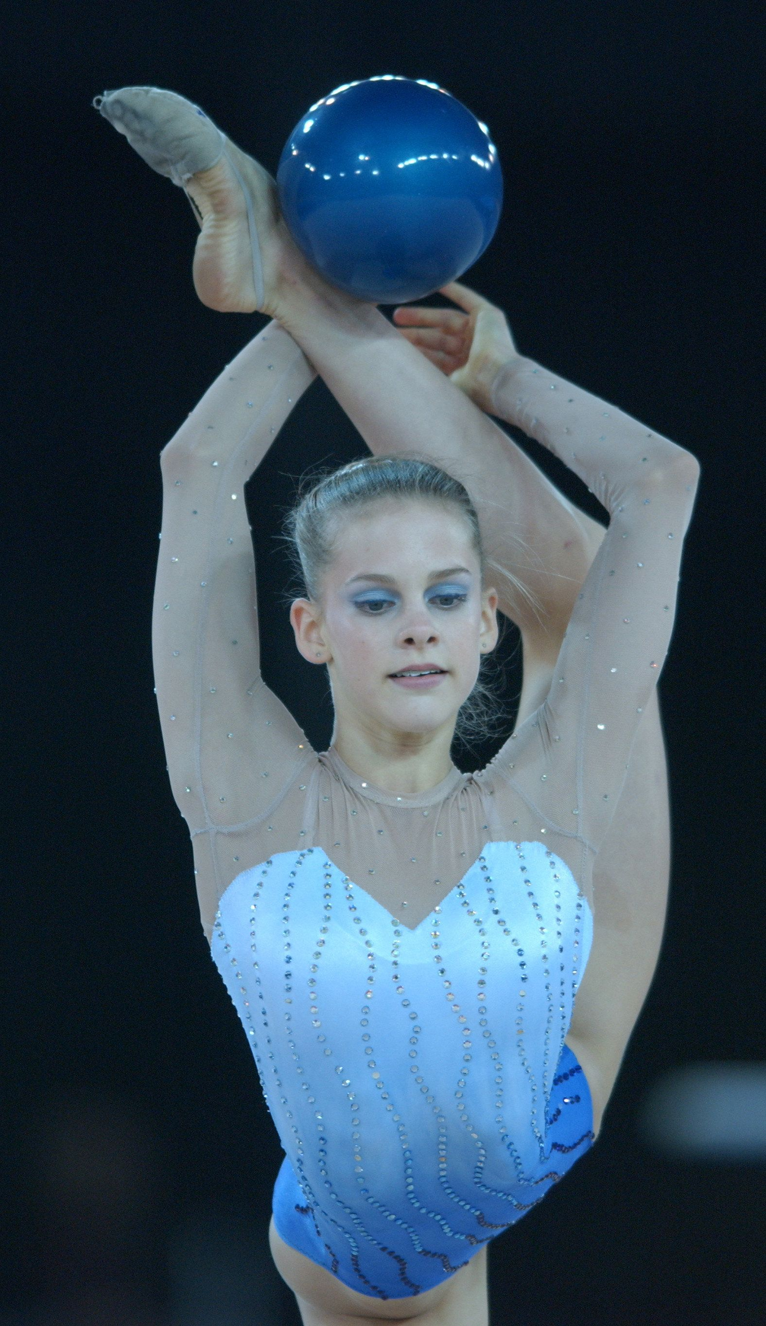 31 Aug 2001:  Jessica Howard of the United States in action during the ball competition of the Rhythmic Gymnastics individual apparatus finals at the Brisbane Convention and Entertainment centre during the Goodwill Games in Brisbane, Australia.  DIGITALIMAGE. Mandatory Credit: Darren England/ALLSPORT