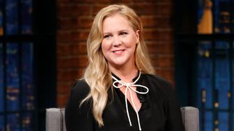 LATE NIGHT WITH SETH MEYERS -- Episode 498 -- Pictured: Comedian Amy Schumer on March 1, 2017 -- (Photo by: Lloyd Bishop/NBC/NBCU Photo Bank via Getty Images)