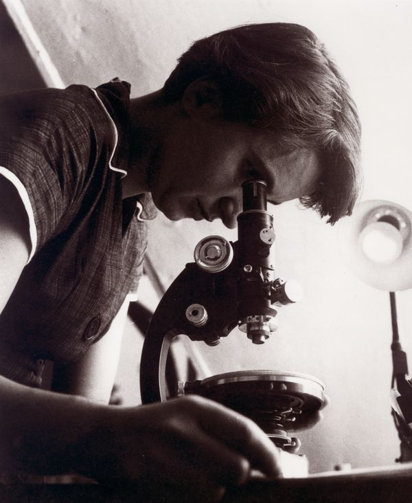While working as a research associate at the King's College London in the biophysics unit in 1951, Rosalind Franklin and her