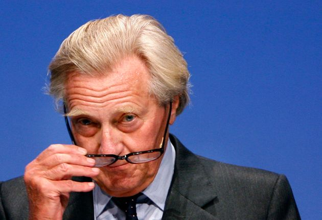 Former cabinet minister Michael Heseltine was sacked as a government adviser last