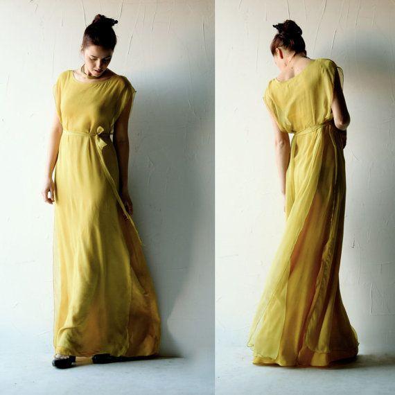 """<i>Dress by <a href=""""https://larimeloom.com/product/golden-wedding-dress/"""" target=""""_blank"""">Larimeloom</a></i>"""