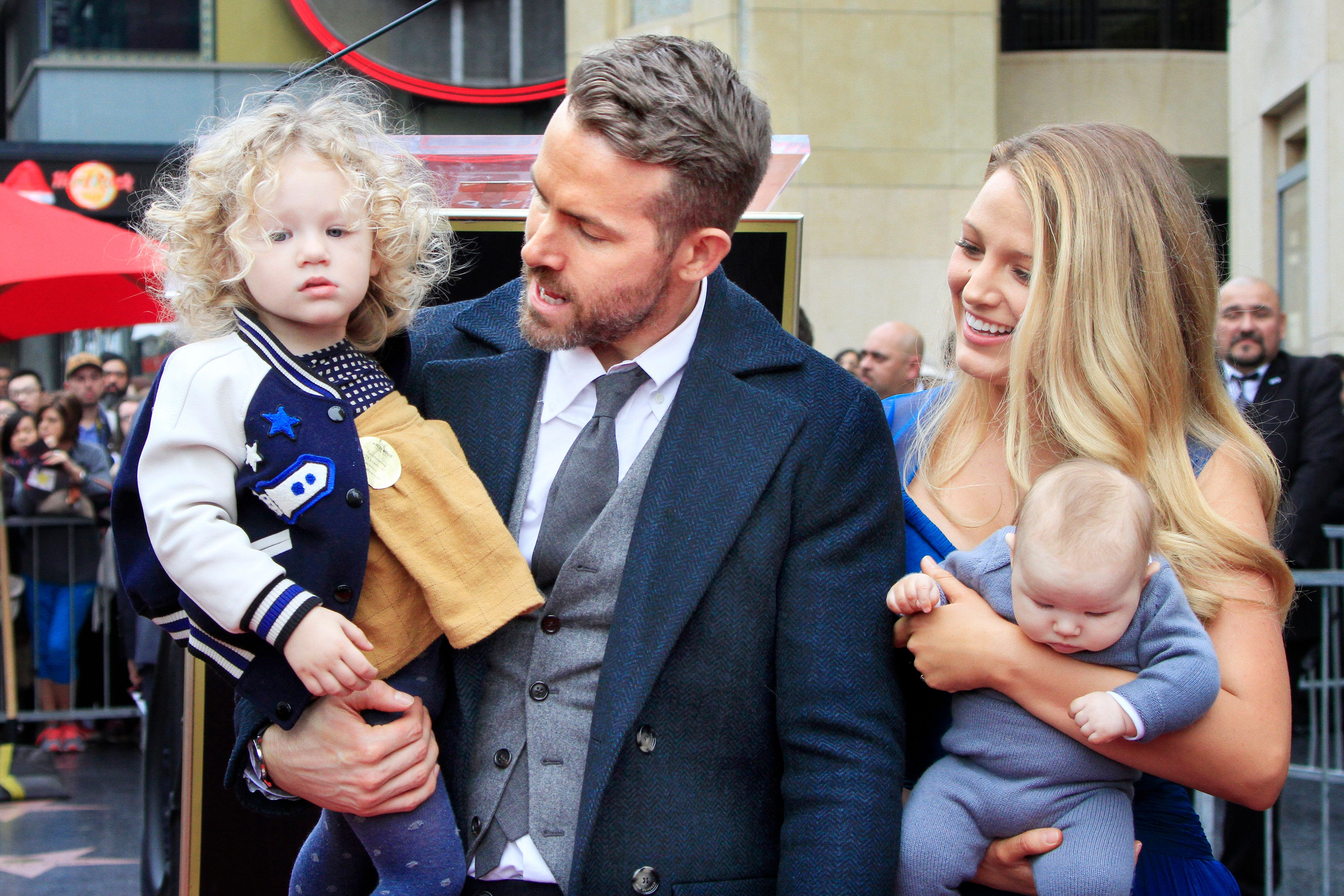 Ryan Reynolds Talking About Flying With His Two Kids Is All Of Us As