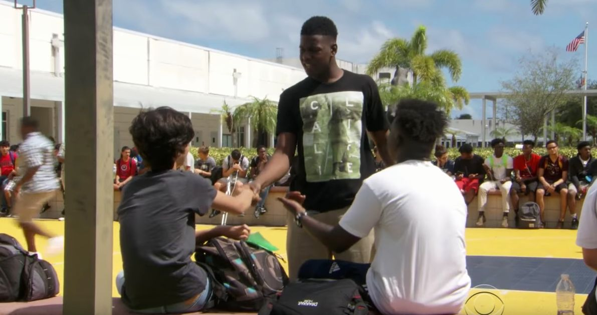 High school students in Florida have founded a group to help lonely classmates at