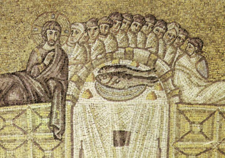 """<a rel=""""nofollow"""" href=""""https://commons.wikimedia.org/wiki/File:Ravenna,_sant%27apollinare_nuovo_ultima_cena_(inizio_del_VI_s"""