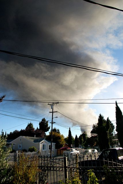 Toxic smoke from the 2012 Chevron refinery fire in Richmond, Calif., that sent 15,000 residents to hospitals. <strong><em>P