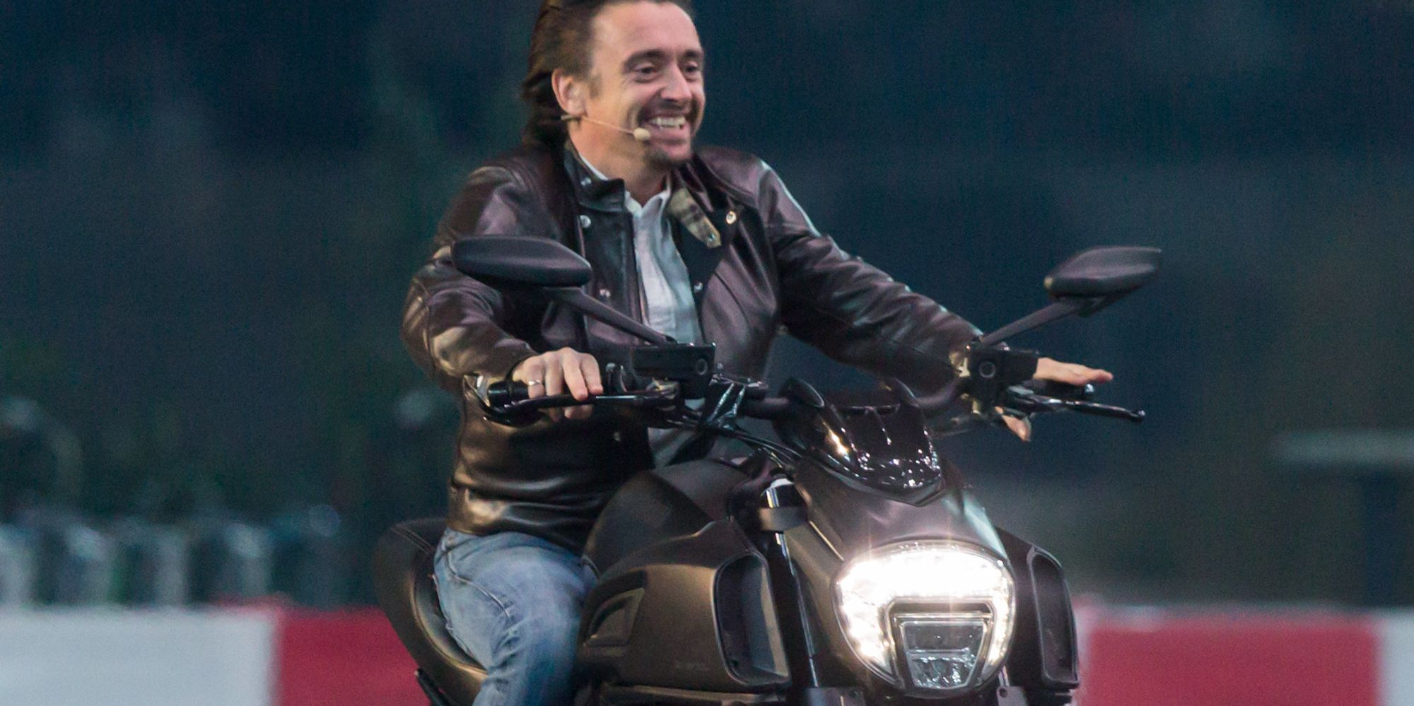 richard hammond knocked unconscious in horror crash while filming the grand tour huffpost uk. Black Bedroom Furniture Sets. Home Design Ideas