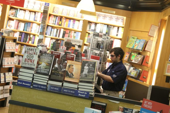 A shopinside of LaGuardia Airport showcases some bestsellers -- but what's really going on inside those books?