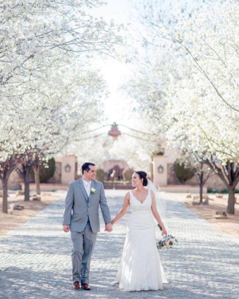 """Congrats to newlyweds Anna andJordan!"" -- <i>Maura Jane</i>"