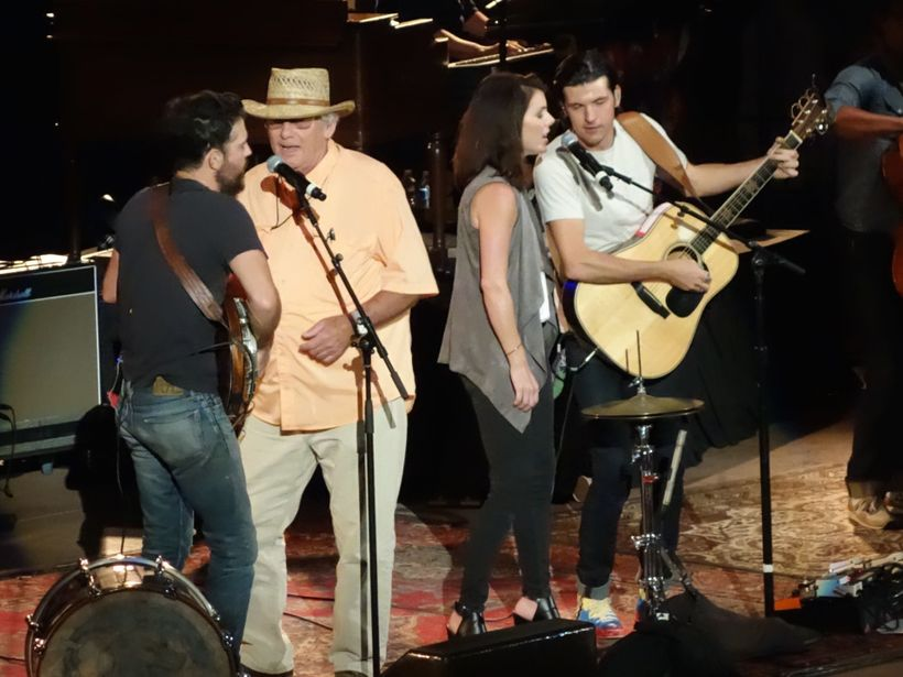 Scott Avett, Jim Avett, Bonnie Rini, and Seth Avett, Morrison, Colorado (July 29, 2016).