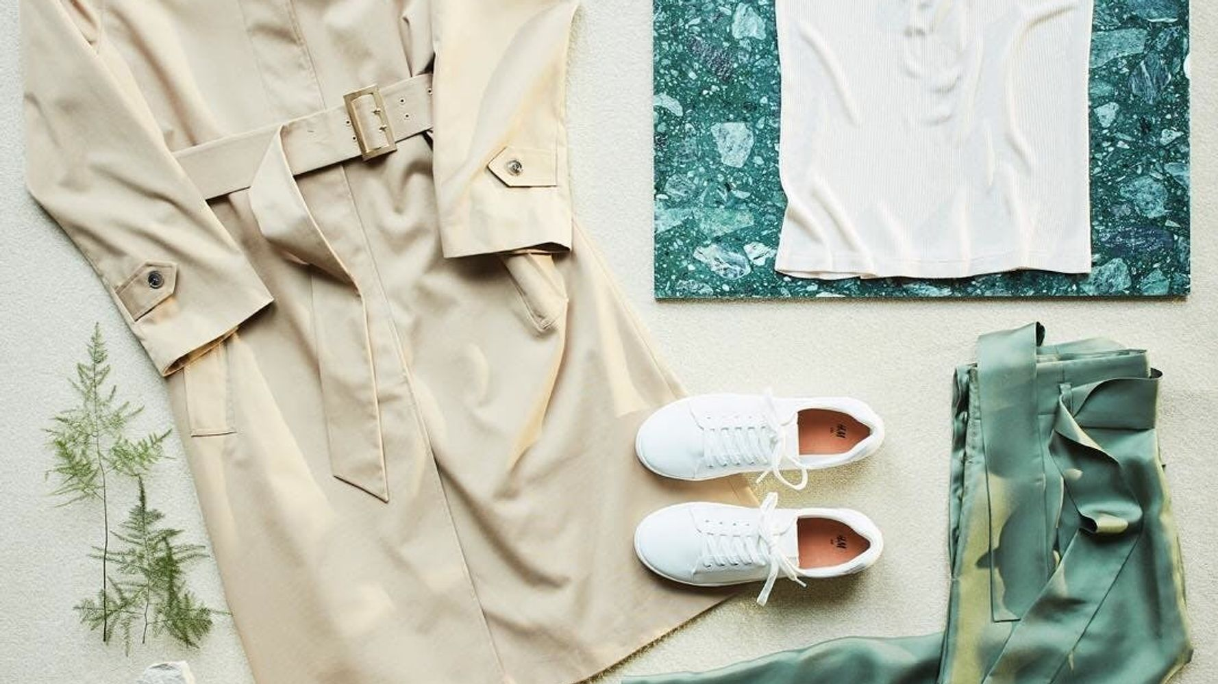 6 Stores Where You Can Donate Old Clothes For A Sweet Reward
