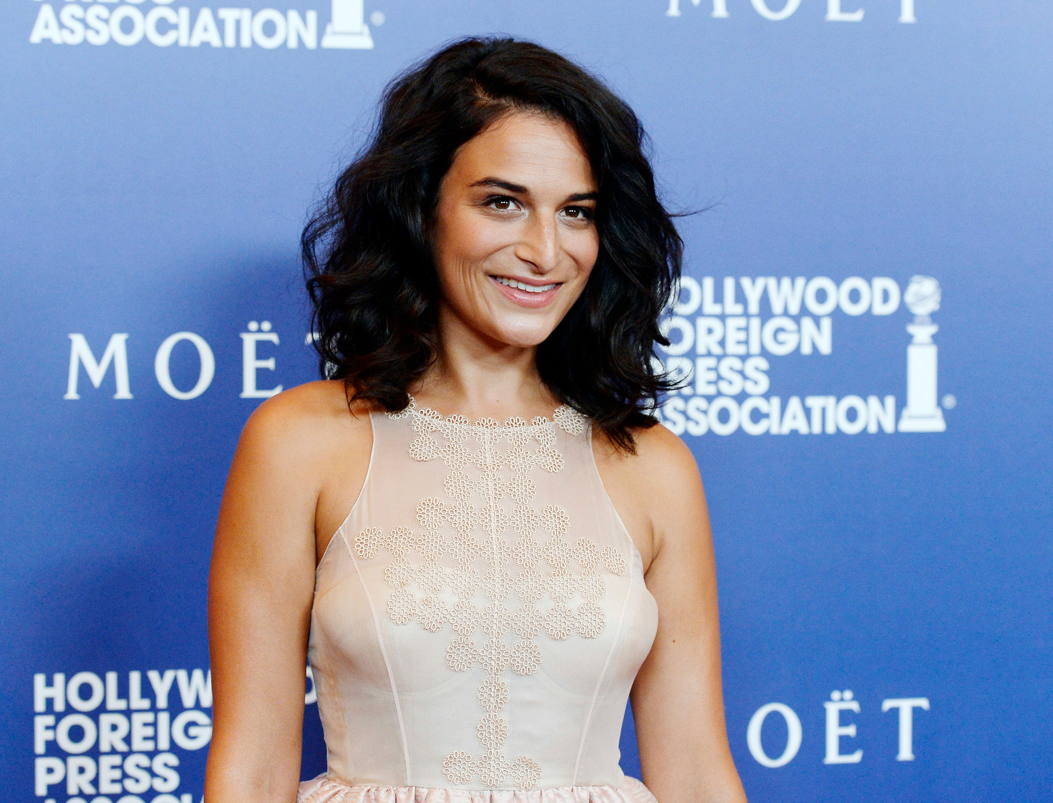 Actress Jenny Slate attends the Hollywood Foreign Press Association's Grants Banquet in Beverly Hills, California August 14, 2014. REUTERS/Kevork Djansezian (UNITED STATES - Tags: ENTERTAINMENT MEDIA)