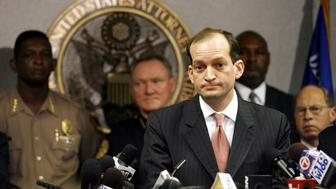 U.S. Attorney R. Alexander Acosta speaks to the media during a news conference about the arrest of seven people in Miami, Florida, June 23, 2006. The seven people arrested in Miami discussed attacks on the landmark Sears Tower in Chicago, the FBI building in Miami and other government buildings, U.S. officials said on Friday.  REUTERS/Marc Serota  (UNITED STATES)