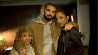 Drake with singer Sade and his mother