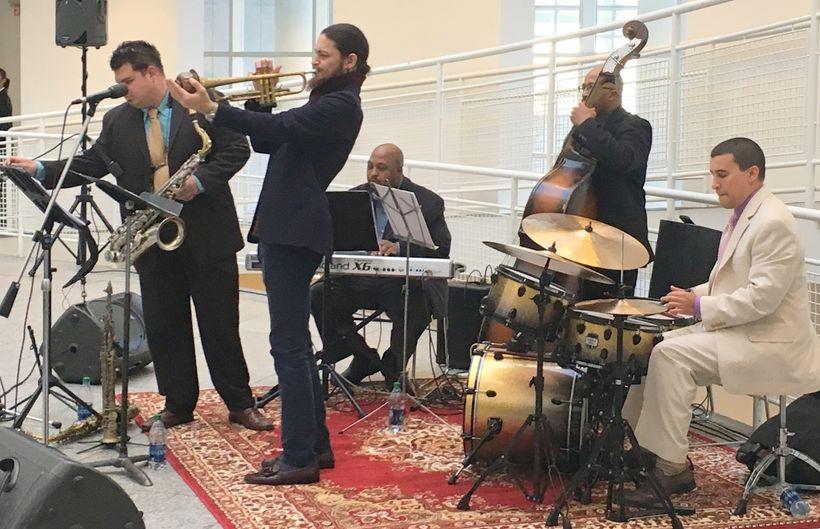 miguel Alvarado, sax; Darren English, trpt; Louis Heriveaux, keys; Crag SHaw, bass; Dave Potter, drums