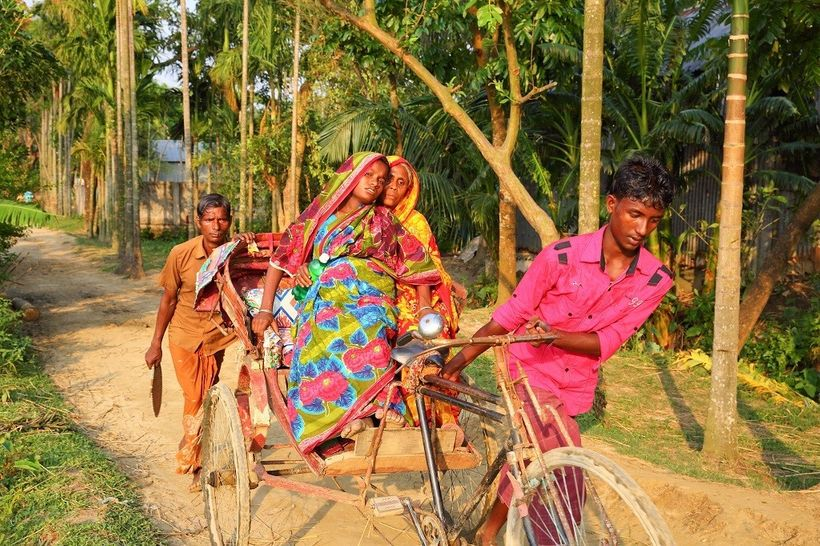 An expectant mother from a remote village in Bangladesh travels to the nearest Union Health and Family Welfare Center to deli