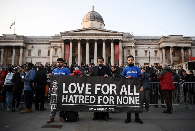 London Attack Trafalgar Square Vigil Sees Thousands Fall Silent In Victims'