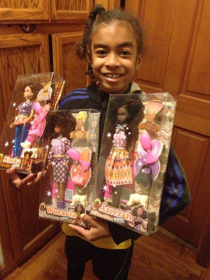 <p>Queens of Africa dolls</p>