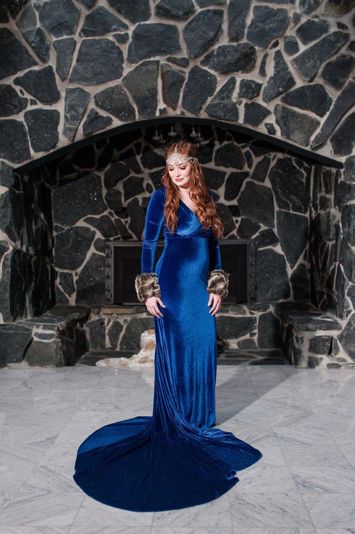 Courtney Edelman as Sansa Stark.