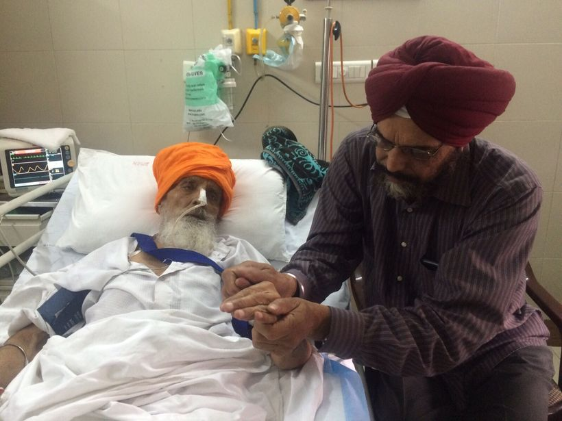 The Punjab Government continues to detain and force-feed Bapu ji at Dayanand Medical College and Hospital in Ludhiana, Punjab