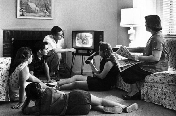 <strong><em>Television in 1950s as the new hearth of home</em></strong>