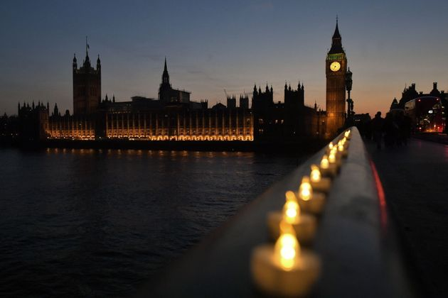 Candle lights on Westminster Bridge,