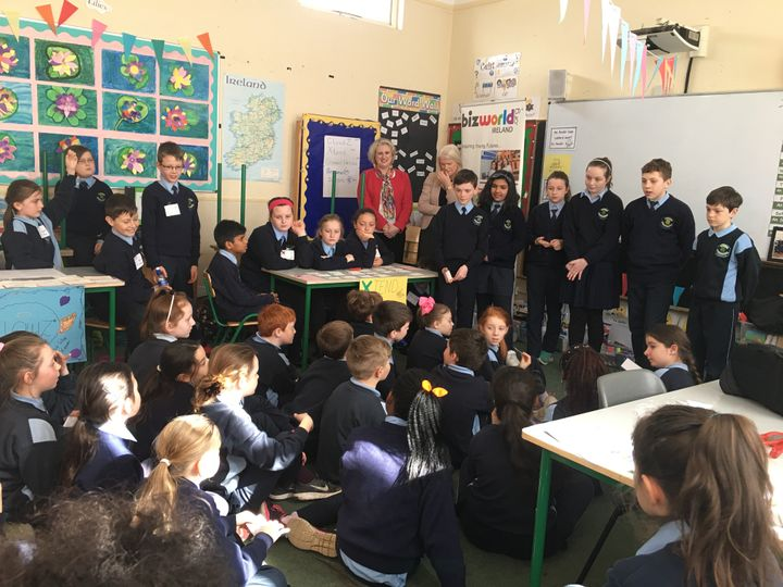 <p><em>4th Class (10 year old) pupils grill the budding entrepreneurs with fantastic questions!</em></p>