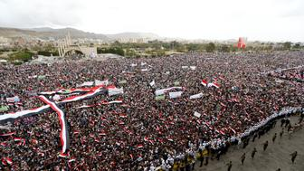Supporters of the Houthi movement and Yemen's former president Ali Abdullah Saleh attend a joint rally to mark two years of the military intervention by the Saudi-led coalition, in Sanaa, Yemen March 26, 2017. REUTERS/Khaled Abdullah     TPX IMAGES OF THE DAY