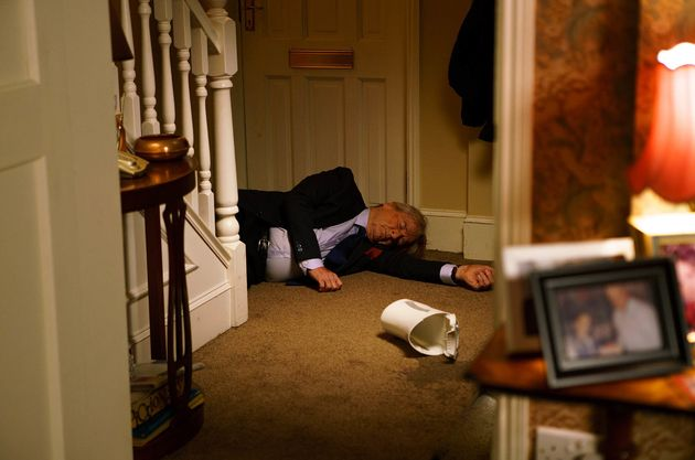 Ken Barlow was pushed down the stairs in 'Coronation