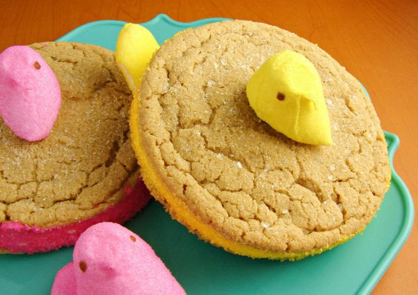 "<strong>Get the <a href=""http://www.inkatrinaskitchen.com/2013/03/peek-a-boo-peeps-cookies.html"" target=""_blank"">Peek A Boo P"