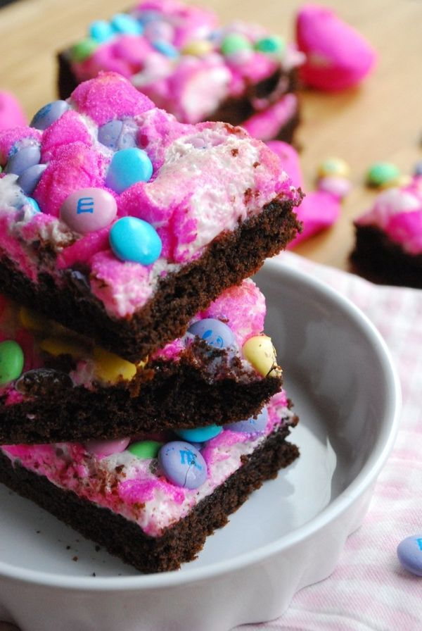 """<strong>Get the <a href=""""http://thedomesticrebel.com/2013/03/19/peeps-candy-bars-spring-hop-along-peeps-party/"""" target=""""_blan"""