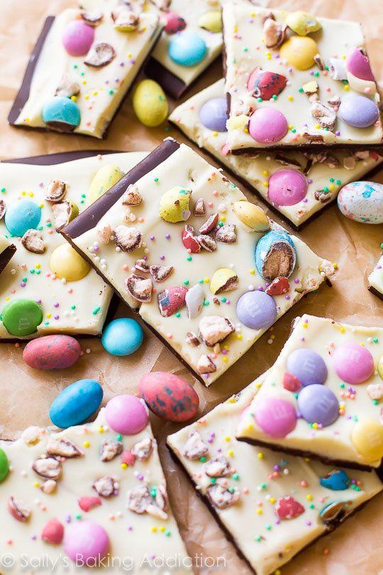 "<strong>Get the <a href=""http://sallysbakingaddiction.com/2016/03/14/easter-bunny-bark/"" target=""_blank"">Easter Candy Bark re"