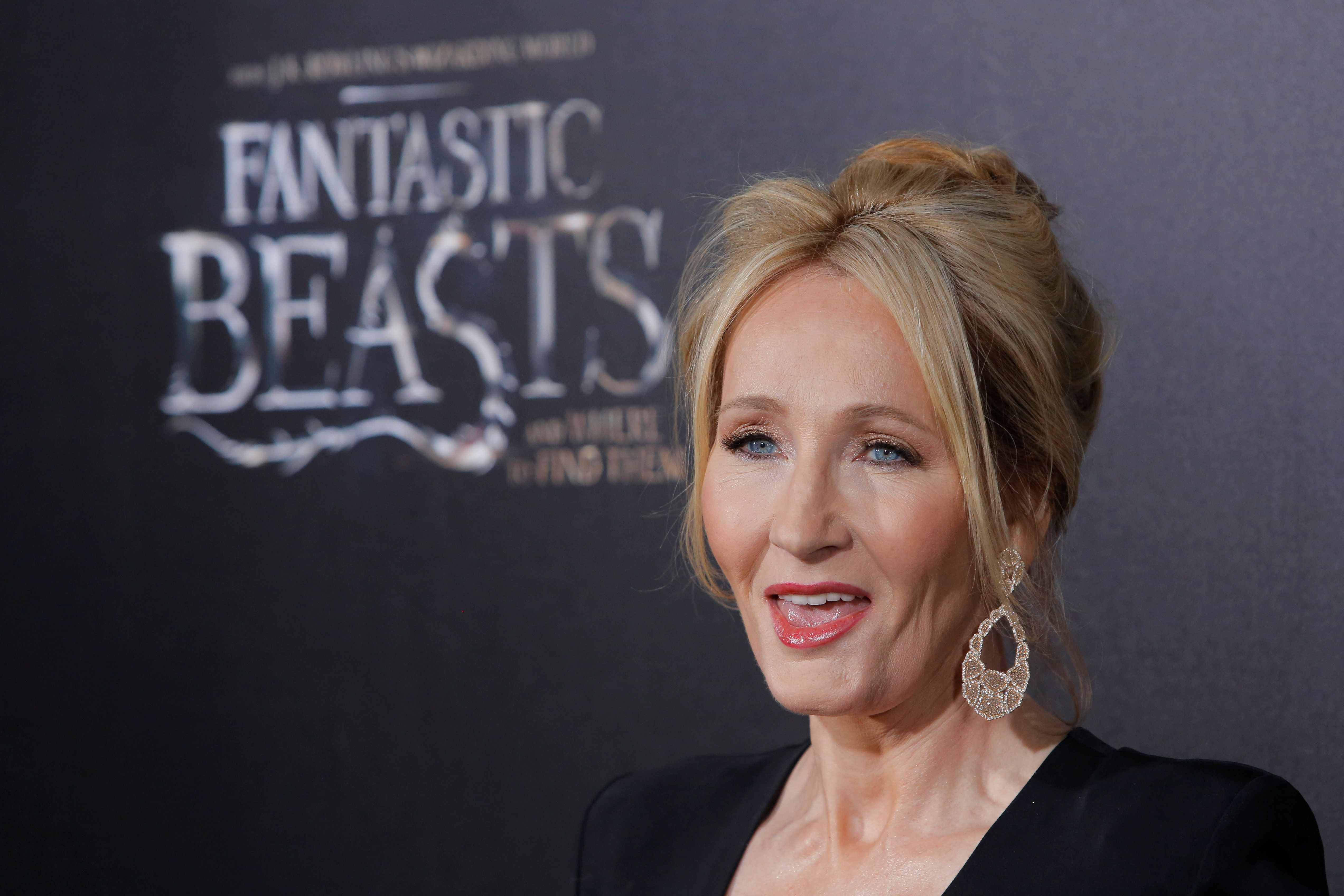"Author J.K. Rowling attends the premiere of ""Fantastic Beasts and Where to Find Them"" in Manhattan, New York, U.S., November 10, 2016.  REUTERS/Andrew Kelly"