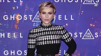 US actress Scarlett Johansson poses during the premiere of 'Ghost in the Shell' on March 21, 2017 in Paris.   / AFP PHOTO / PATRICK KOVARIK        (Photo credit should read PATRICK KOVARIK/AFP/Getty Images)