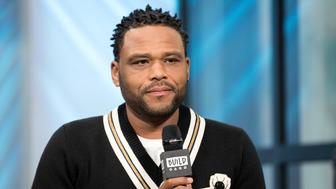 NEW YORK, NY - MARCH 24:  Anthony Anderson attends Build Series to discuss 'Blackish' at Build Studio on March 24, 2017 in New York City.  (Photo by Mike Pont/WireImage)