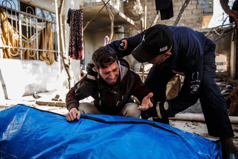 Os ataques da coalizão liderada pelos Estados Unidos na Síria e no Iraque, incluindo Mosul, resultaram em um grande número de vítimas civis.