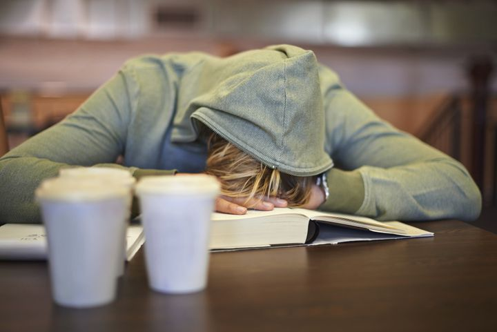 An estimated 90 percent of American high school students are chronically sleep-deprived, according to a 2014 survey.