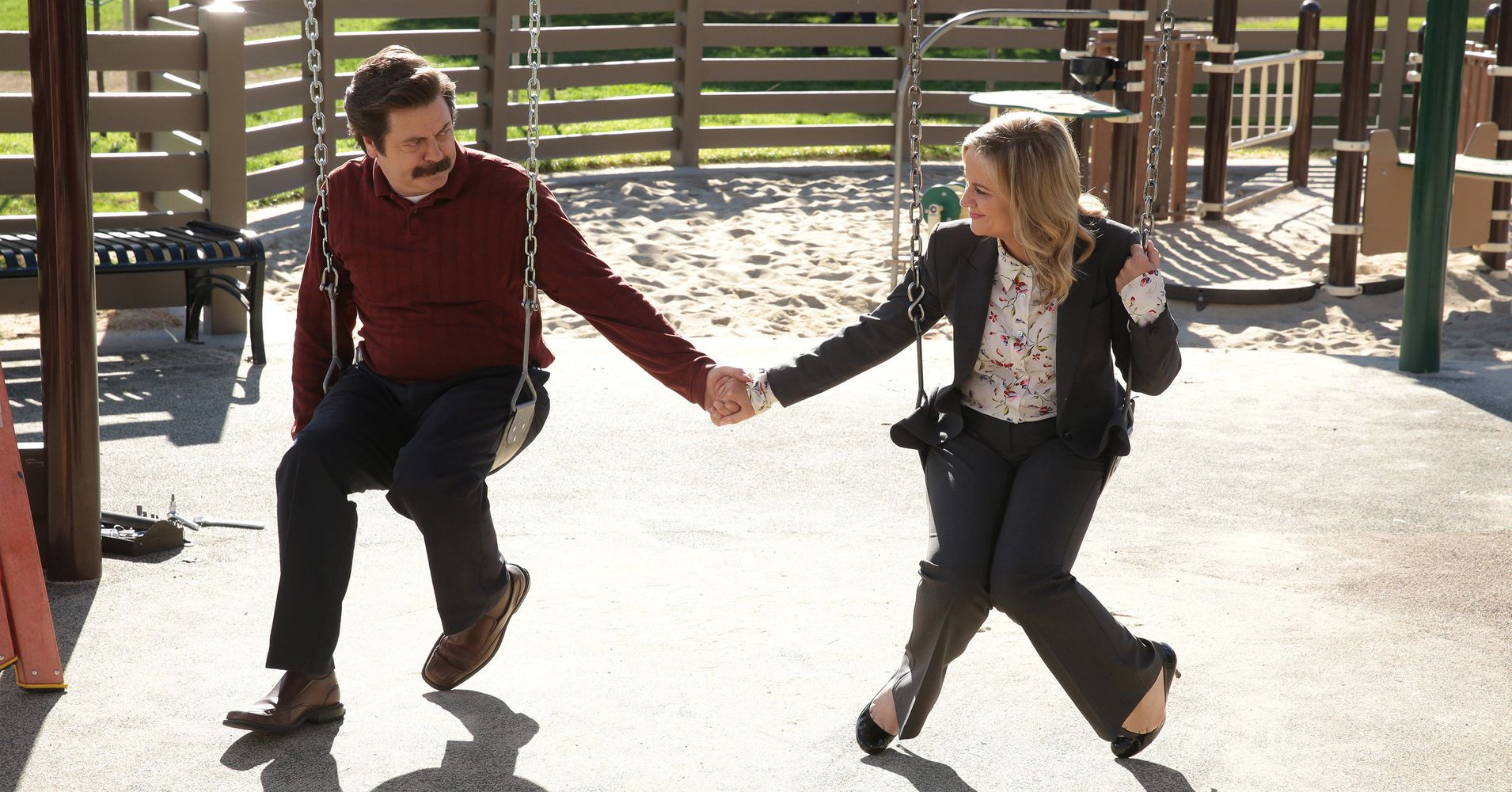 amy poehler and nick offerman are reuniting in the name of crafts huffpost. Black Bedroom Furniture Sets. Home Design Ideas