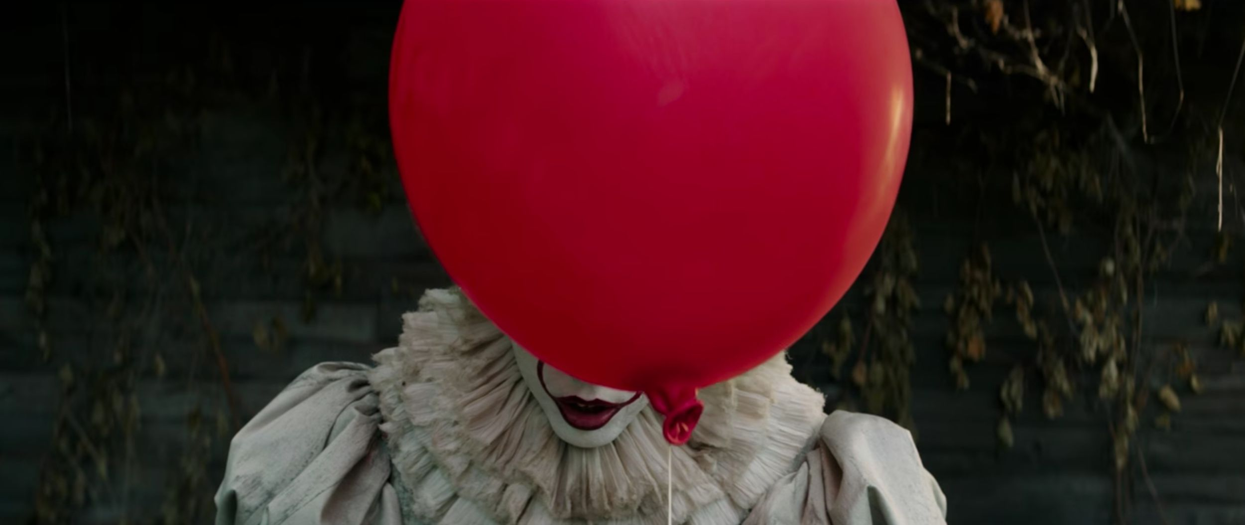 The First Teaser For 'It' Is Here And Will Definitely Give You