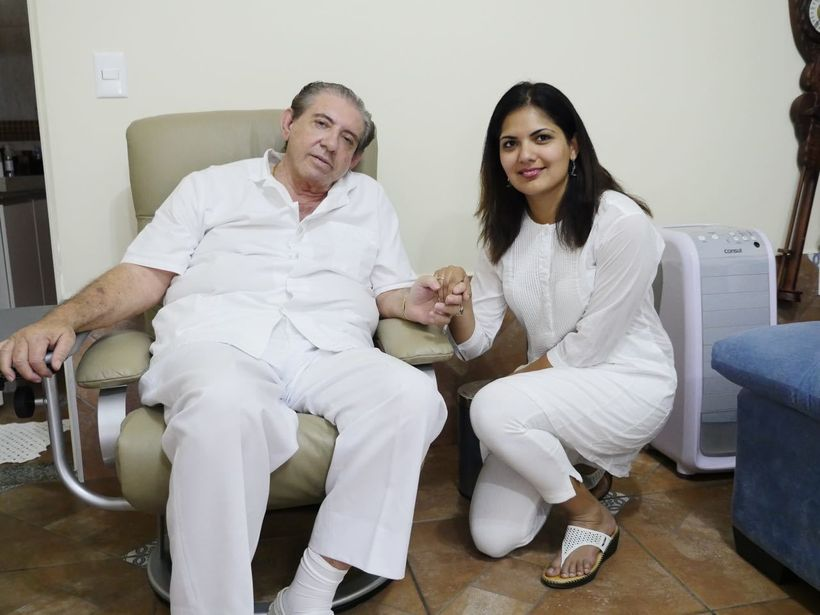 Me with Medium John at his office in  Abadiânia