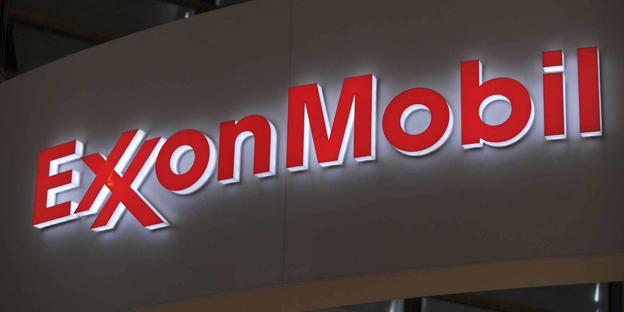 Exxon Mobil Urged White House To Stick With Paris Climate Accord