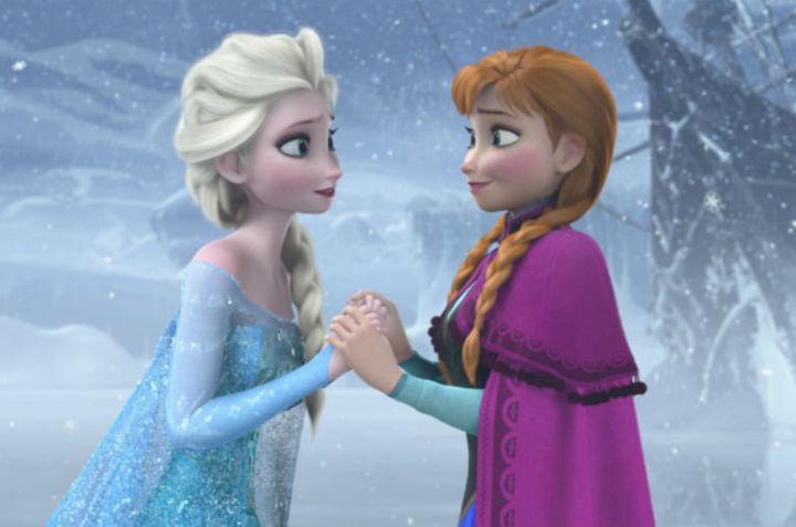 "In original ""Frozen"" storyboards, Elsa and Anna weren't sisters."
