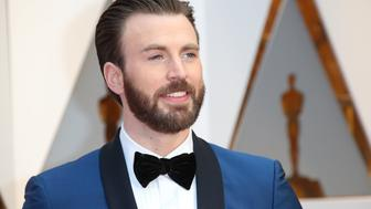 HOLLYWOOD, CA - FEBRUARY 26: Actor Chris Evans arrives at the 89th Annual Academy Awards at Hollywood & Highland Center on February 26, 2017 in Hollywood, California. (Photo by Dan MacMedan/Getty Images)